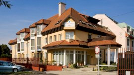 AQUA Hotel Termál & Family Resort  - utószezoni csomag